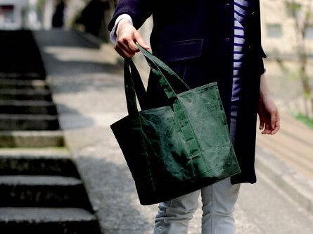 SIWA | 紙和の「トートバッグ」を使っている人の写真