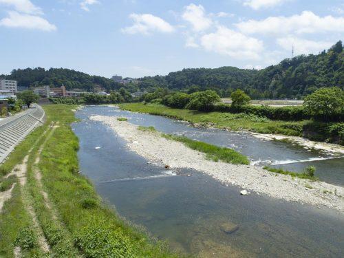 大橋からの広瀬川の眺め