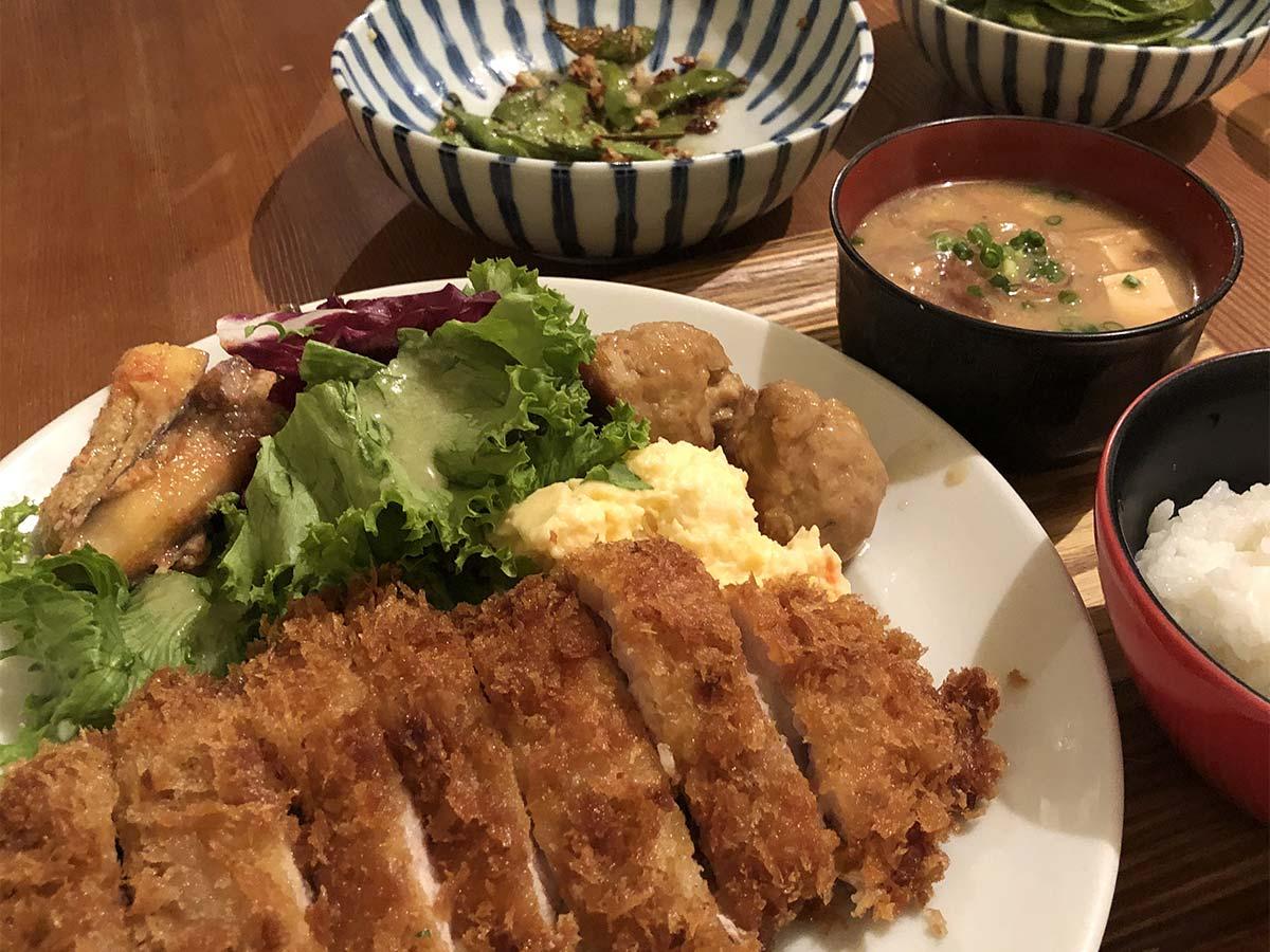 食堂goutでの夕食の写真
